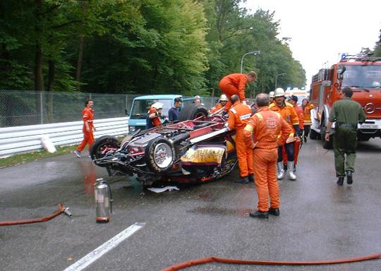 stiefel_pontiac_crash